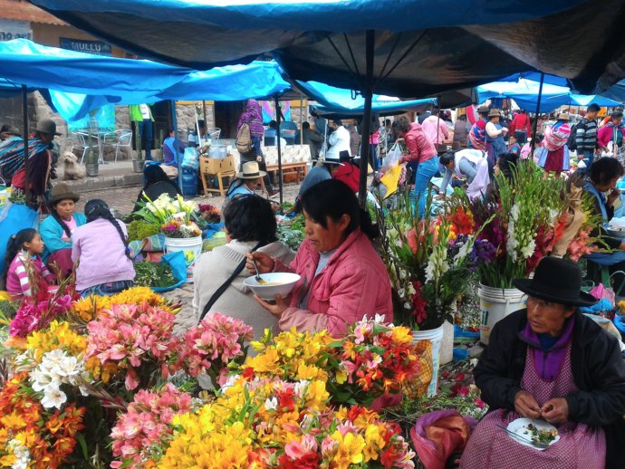 Photo of people at a flower market