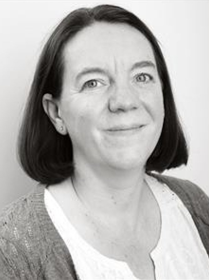 Dr Julie Williams
